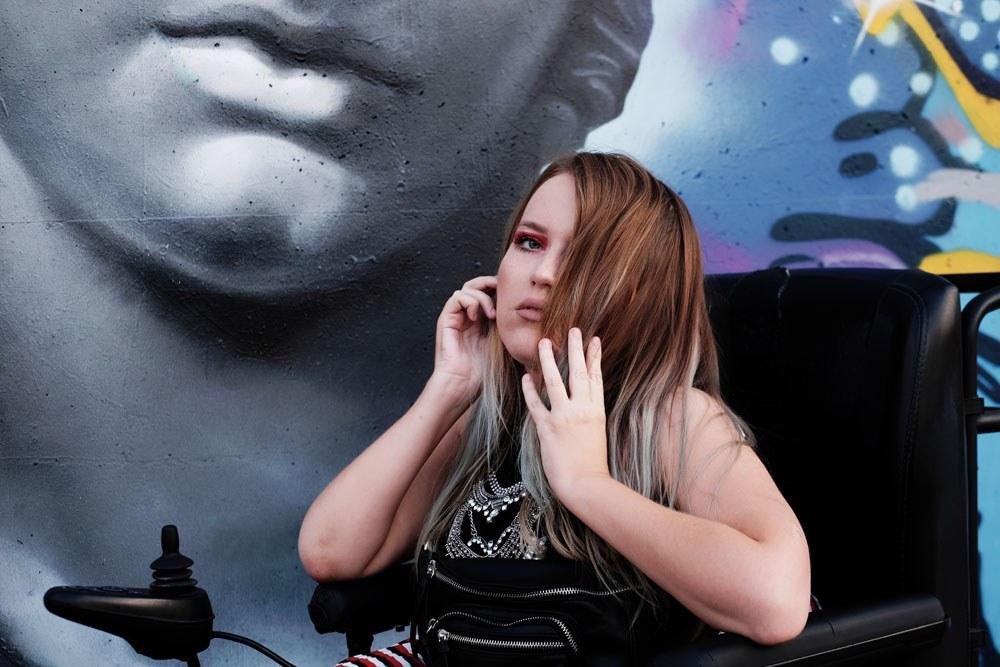 sesja na tle grafitti inspiracje