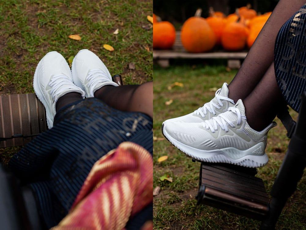 jesienna stylizacjami z dyniami