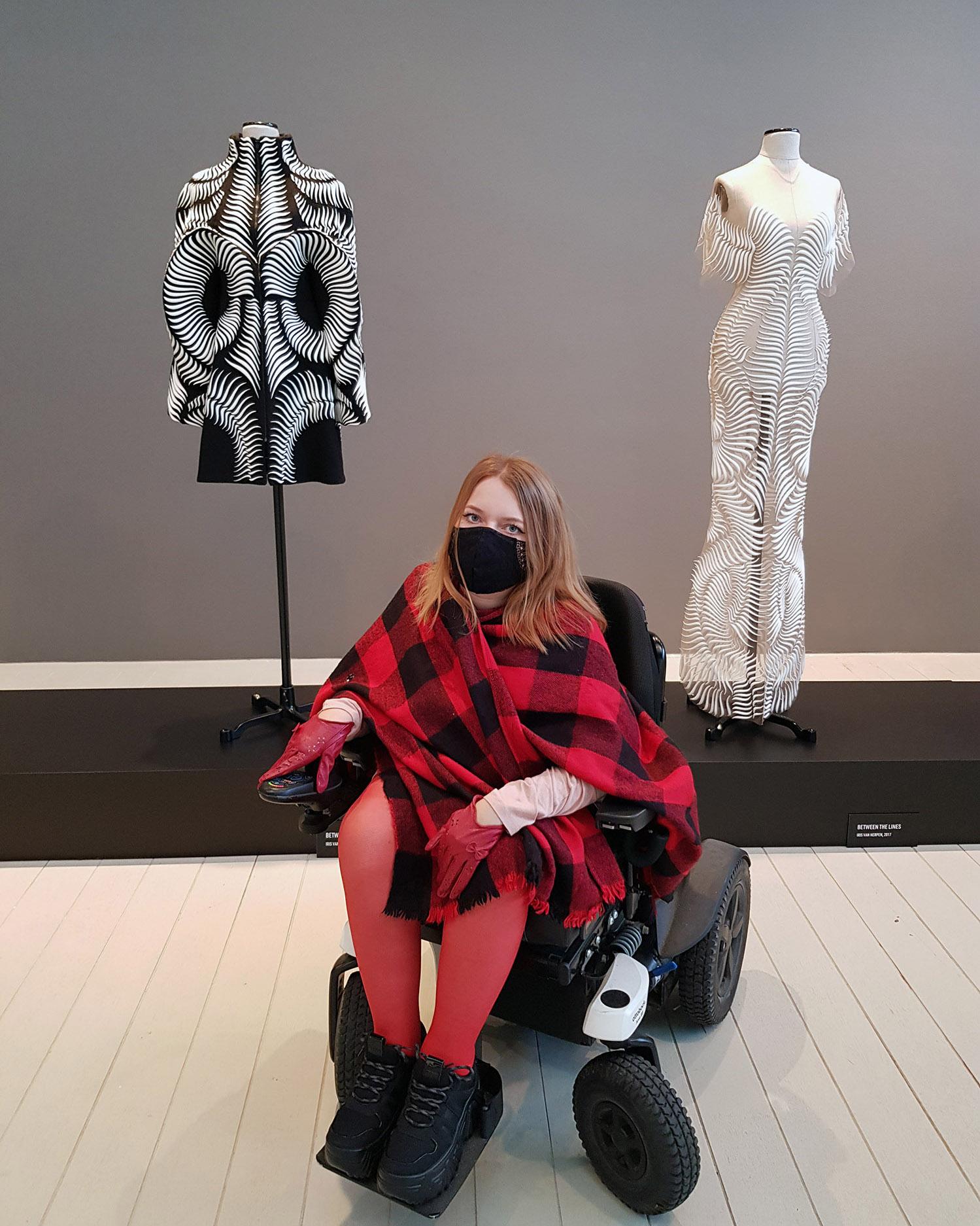 Alchemic Couture – wystawa Iris van Herpen w Poznaniu – moda przyszłości?